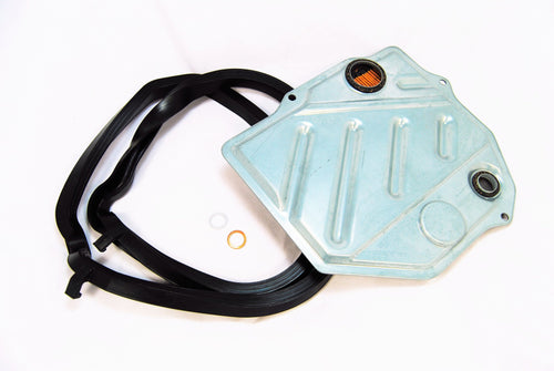 An AT filter gasket set for Porsche 928s.