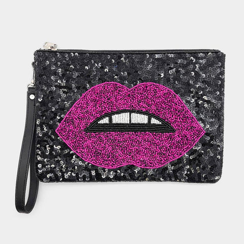 Kiss & Bead Clutch