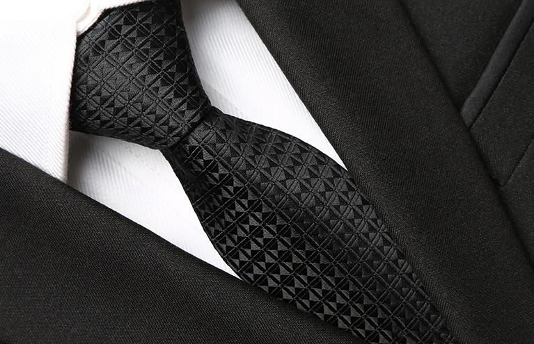 Black Diamond Skinny Tie