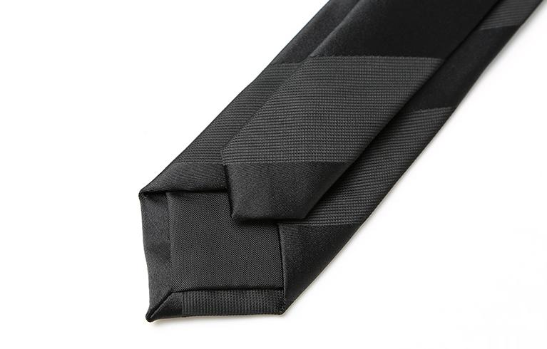 Blacky Striped Skinny Tie