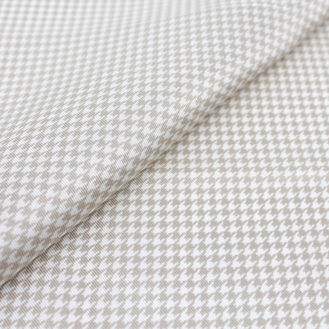 Pearly White Silk Pocket Square