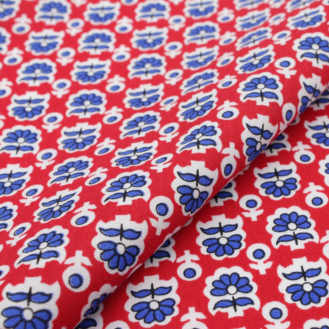Red Shade Pattern Pocket Square