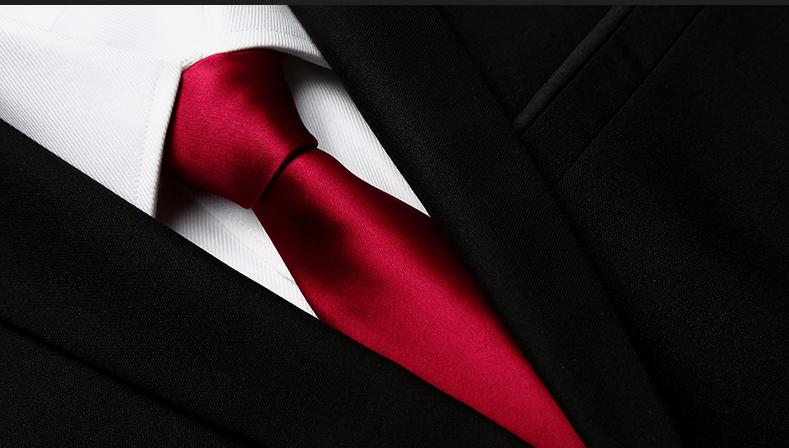 Red Wine Tie