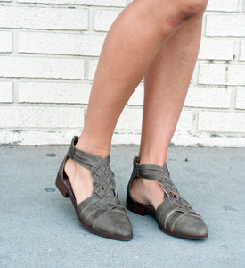 18.09.10E Dark Taupe Braided Flats