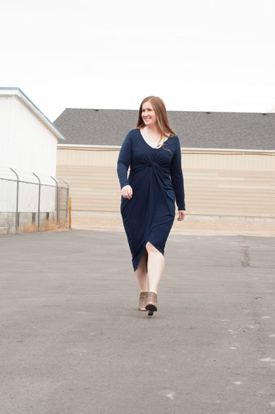 18.11.08H Navy Knot Front Dress- Curvy