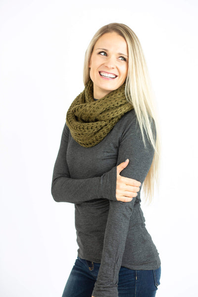 18.11.20E Olive Infinity Scarf
