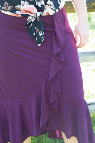 19.SAS - Curvy Purple Ruffle Skirt