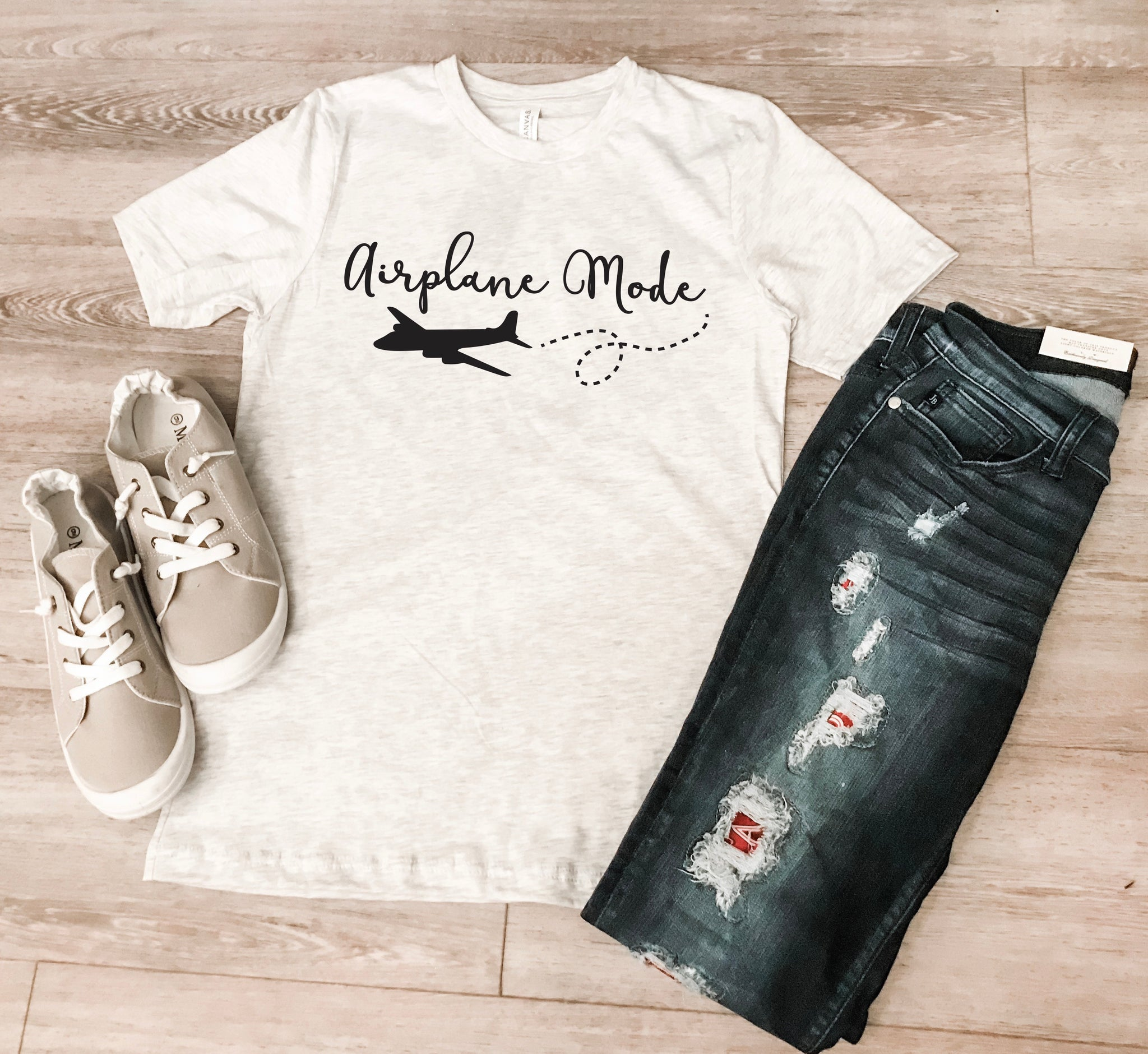 19.05.16i - Market Apparel Designs - airplane mode