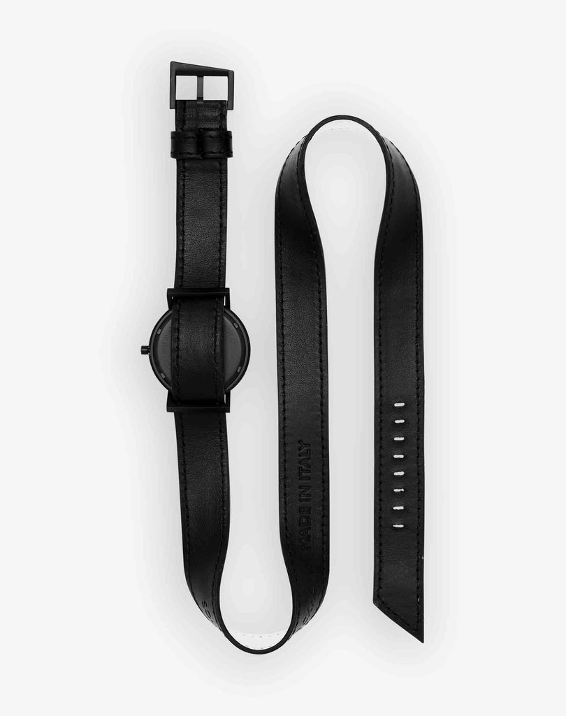 AVANT Silent Triple black Watch
