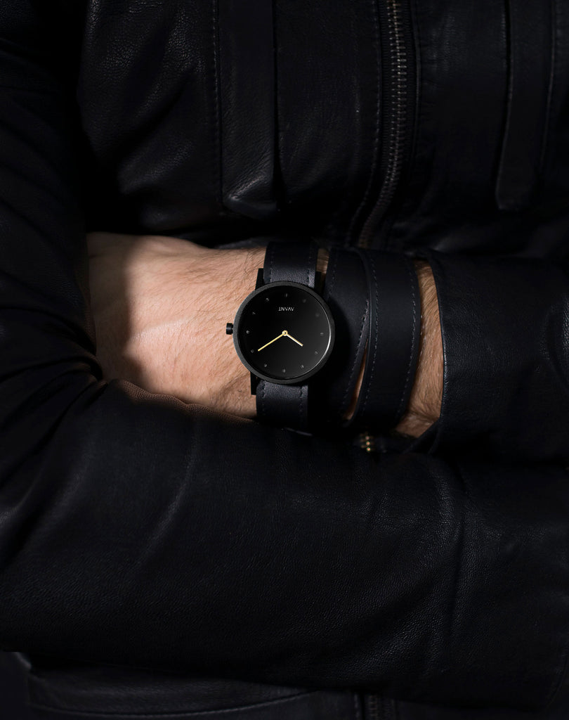 AVANT Pure Triple black Watch