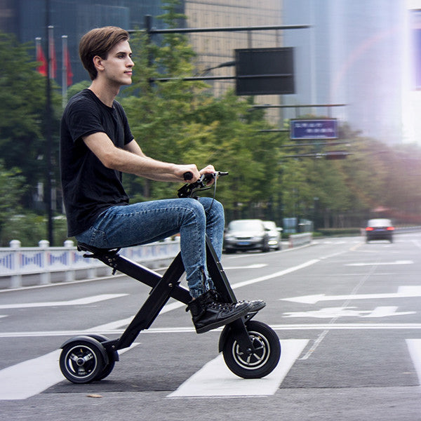 Xcape: Folding E-Scooter for Smart Urban Commuting
