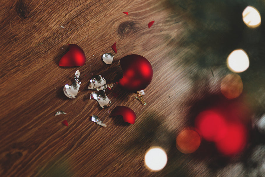 3 TIPS TO PREVENT YOU BEING A BAUBLE BREAKER