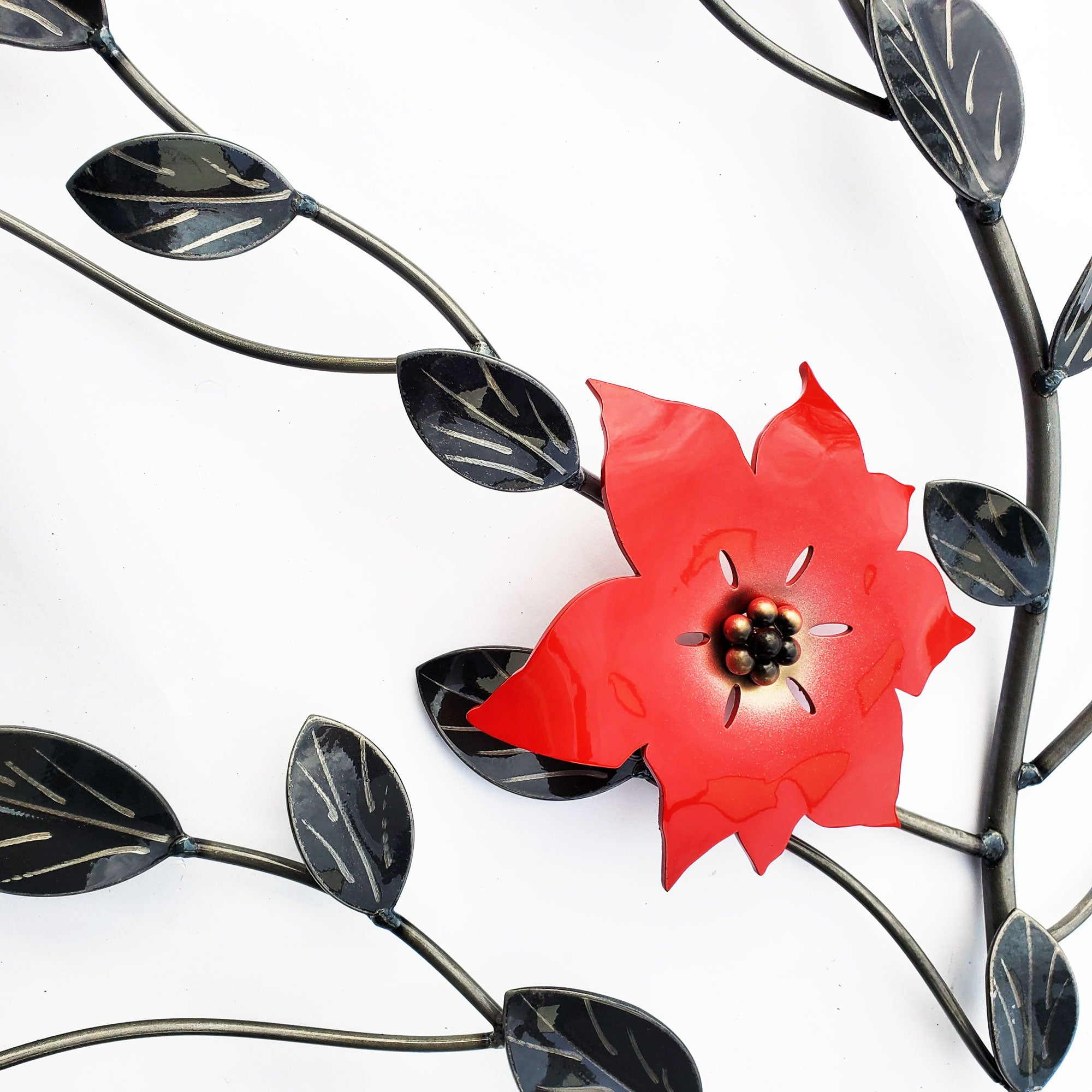 Poinsettia Five Red Flower Vine: Metal Wall Art Decor / Décor With Interchangeable Flowers