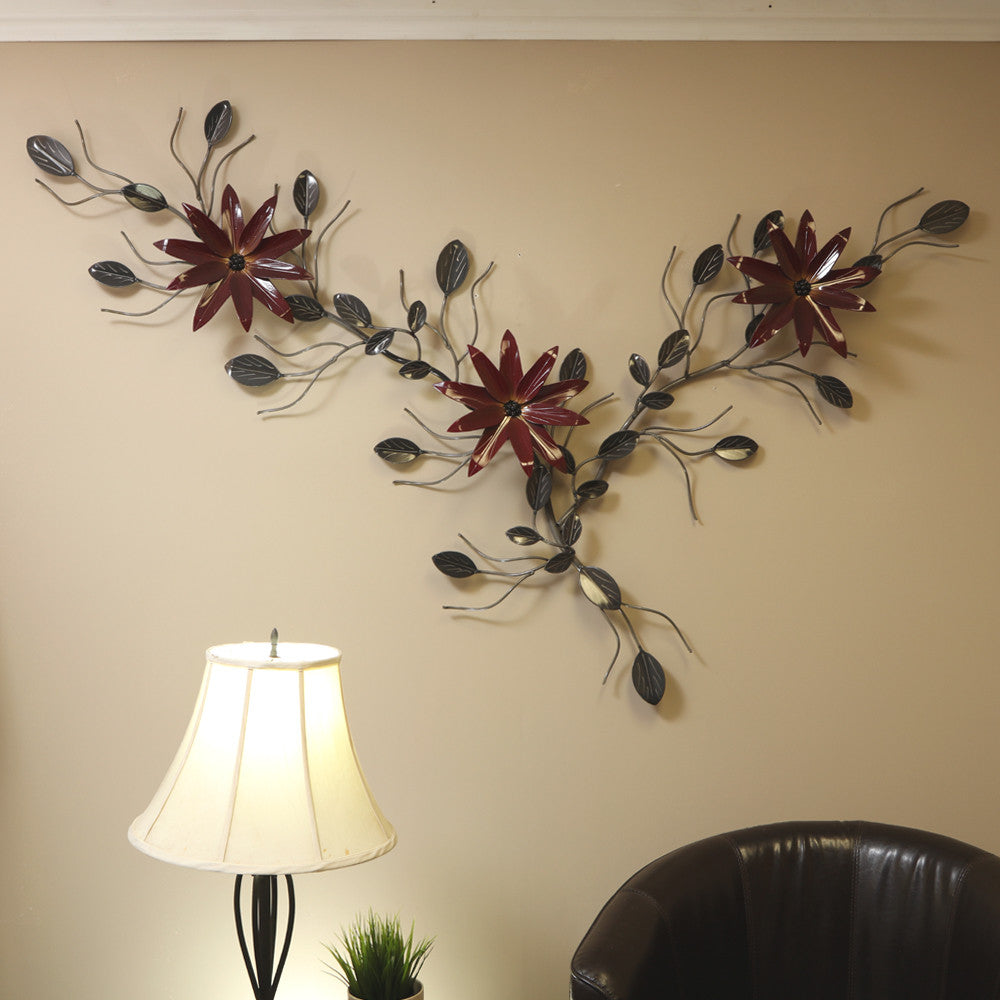 Flower Vine With Poinsettia: Flower Vines With Poinsettias Metal Wall Art: Exterior & Interior Decor / Décor