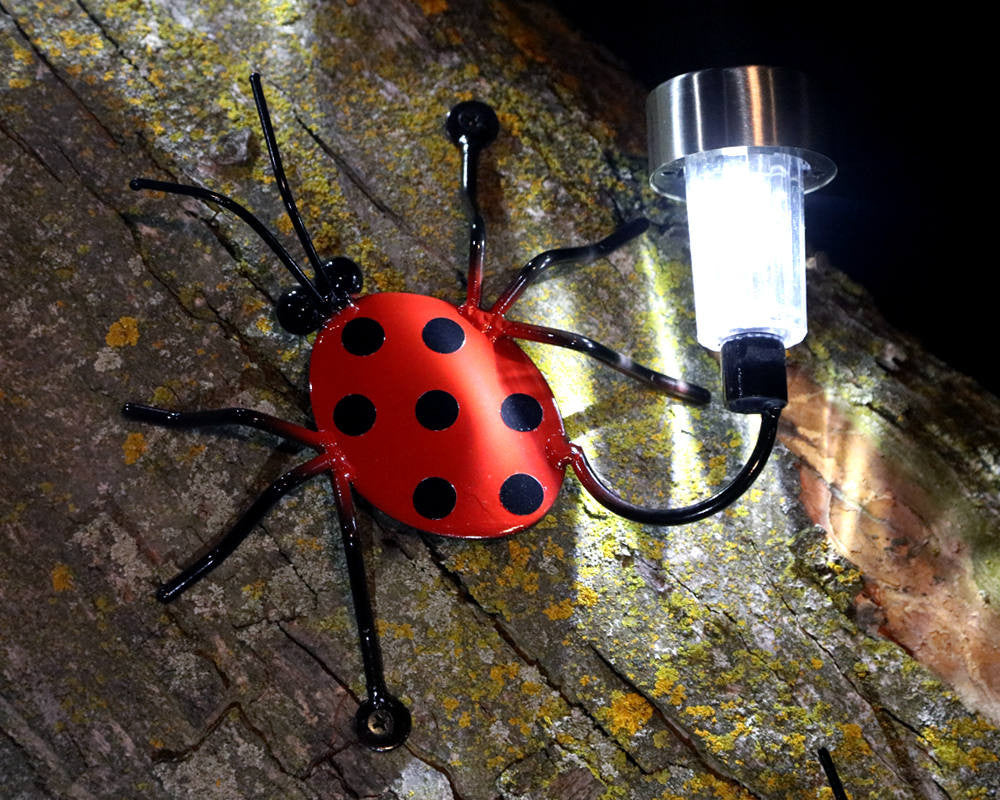 Solar Light Lady Bug For Fences Or Walls: Wall-mounted Metal Lady Bugs
