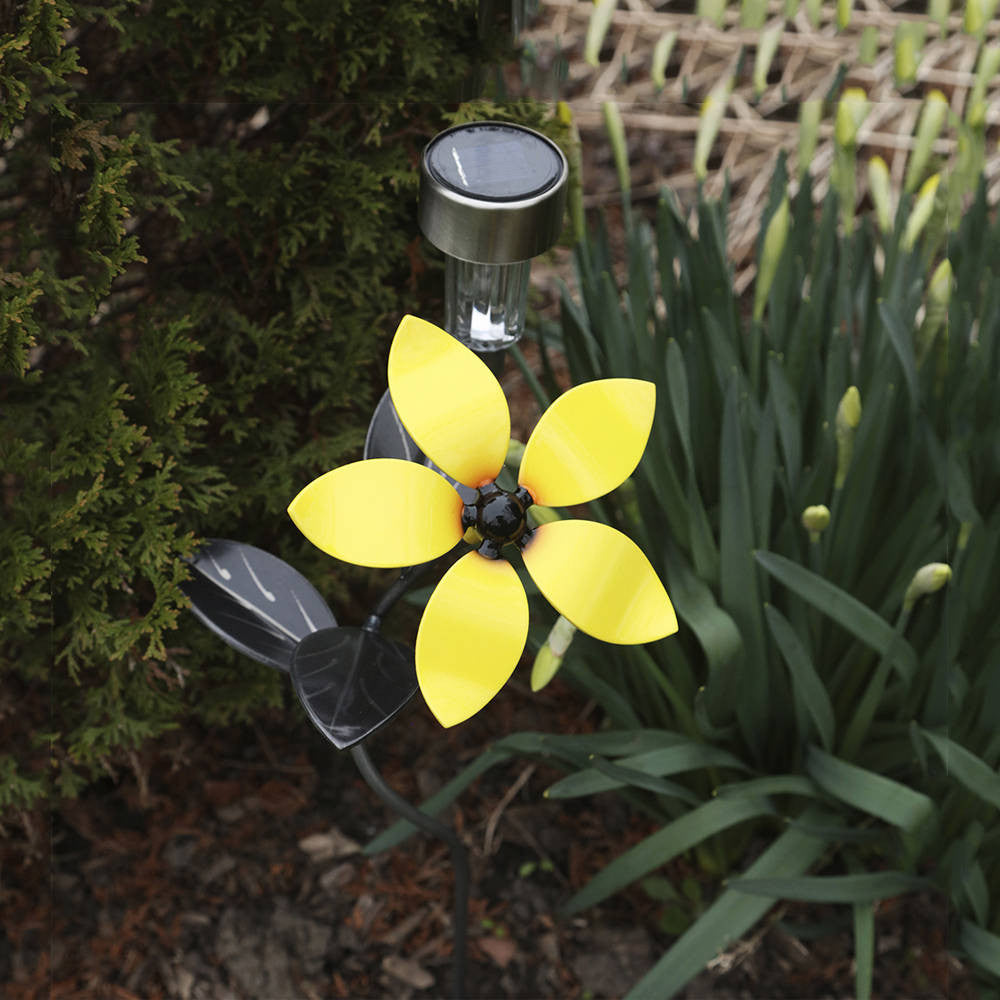 Solar Light Flower Garden Stake with Interchangeable Metal Art Flowers