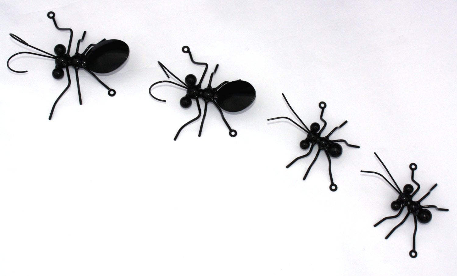Ant Family 4Pc Set with 2 Large Ants + 2 Small Ants - Home, Garden & Yard Art Decorations.