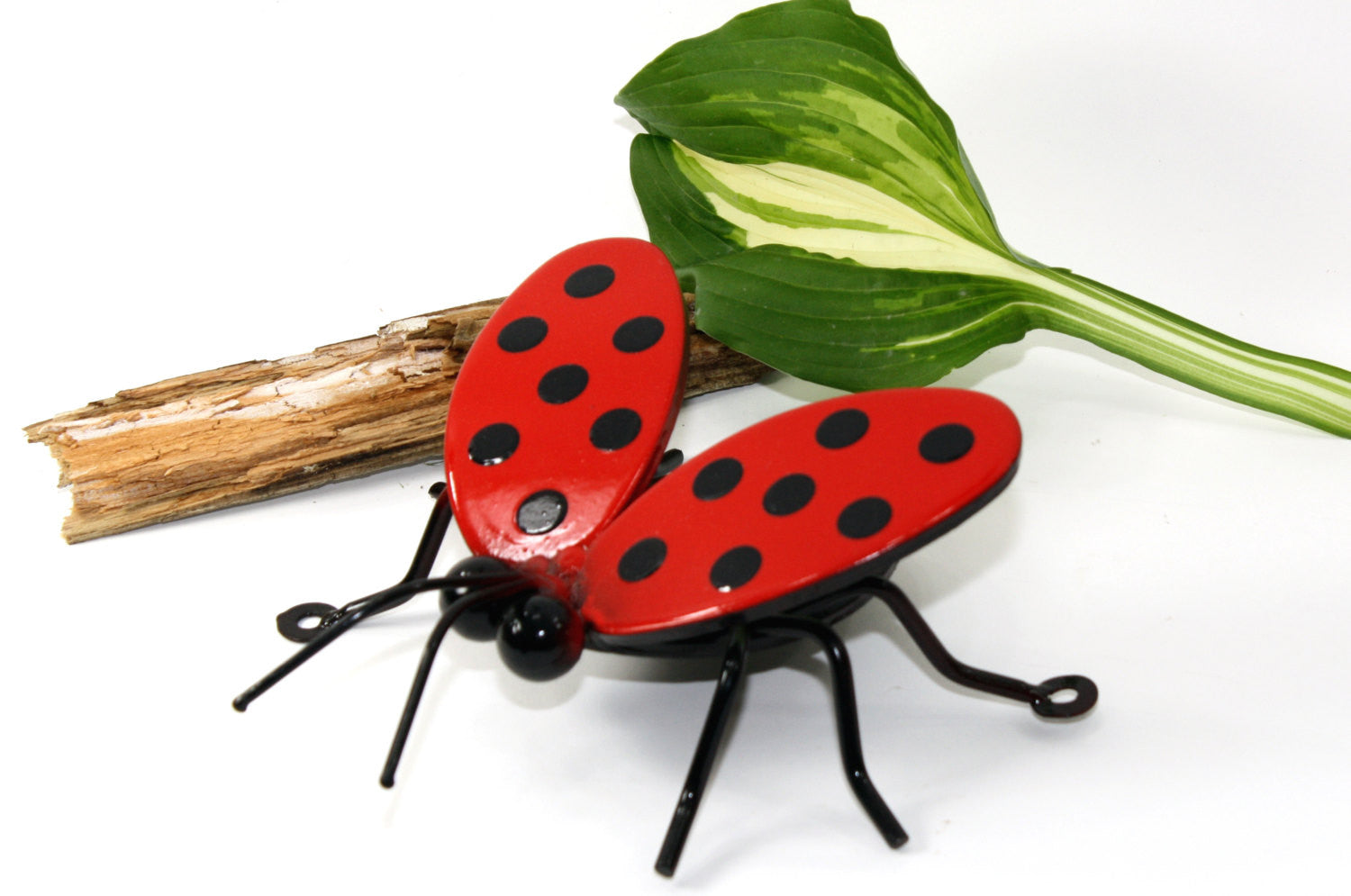 Ladybug Family: Wall-mounted Metal Art Lady Bug Family Of 4 Ladybugs