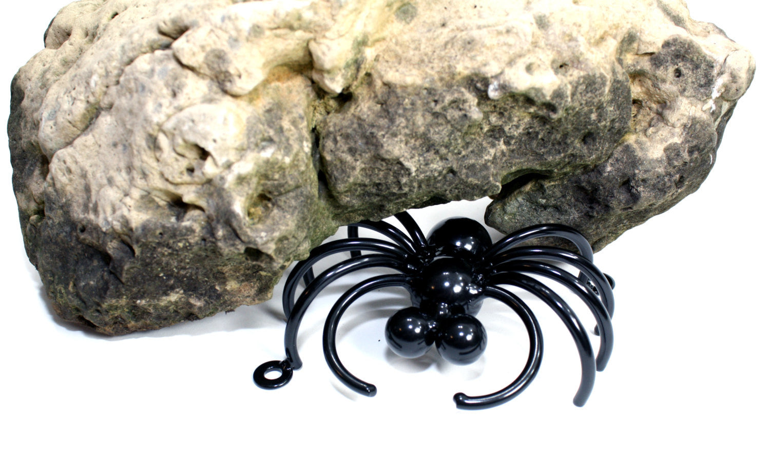 Wall-mounted Spider: Large Metal Spiders For Fences And Walls