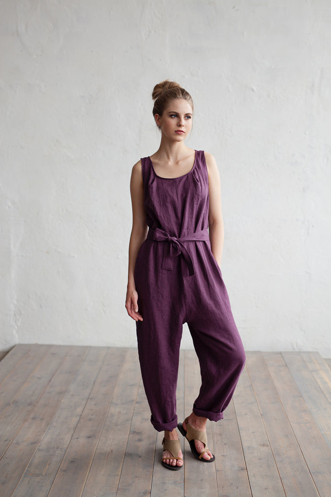 Softened linen jumpsuit in plum color