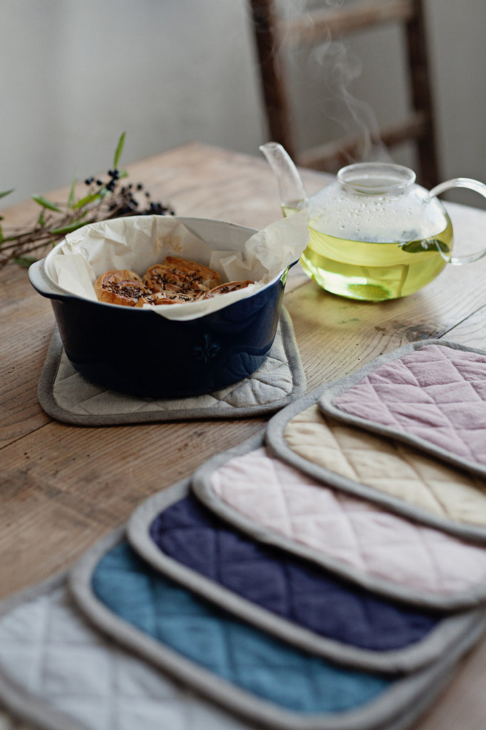 Soft pure linen hot pot holder in  purple charcoal