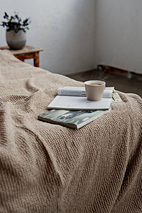 Stonewashed linen bed throw in cappuccino color