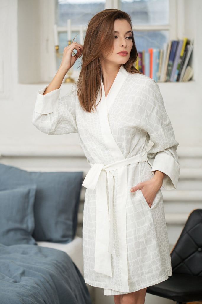 Stonewashed linen bathrobe in white and light grey pattern XS S sizes