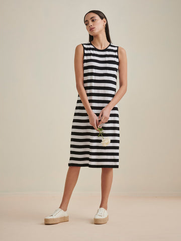 Black & White Striped Sleeveless Jersey Dress