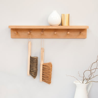 Peg shelf