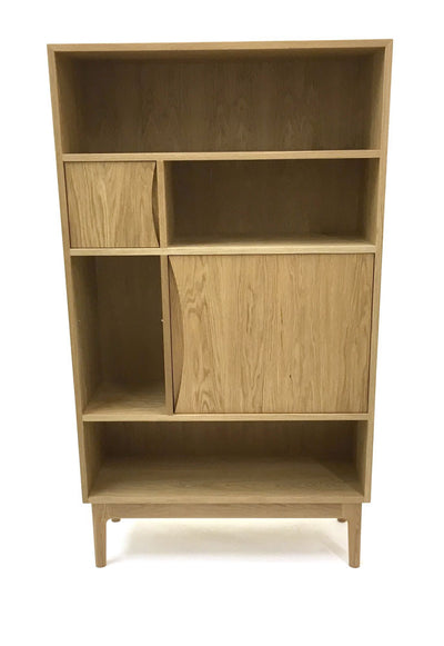 Oak cabinet from the front