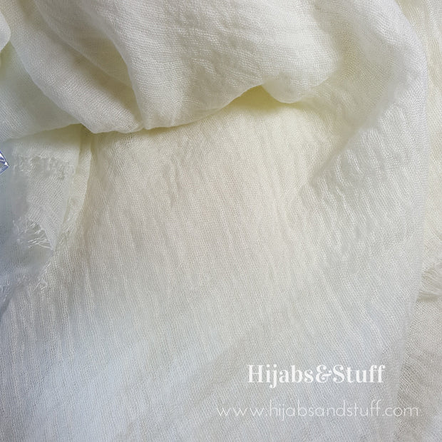 Rippled Hijab - off-White #10 - Hijabsandstuff