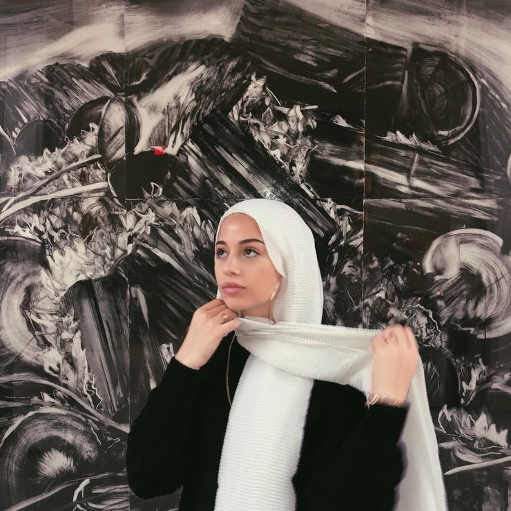 Crinkled hijab - white