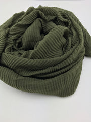 Crinkled hijab - army green