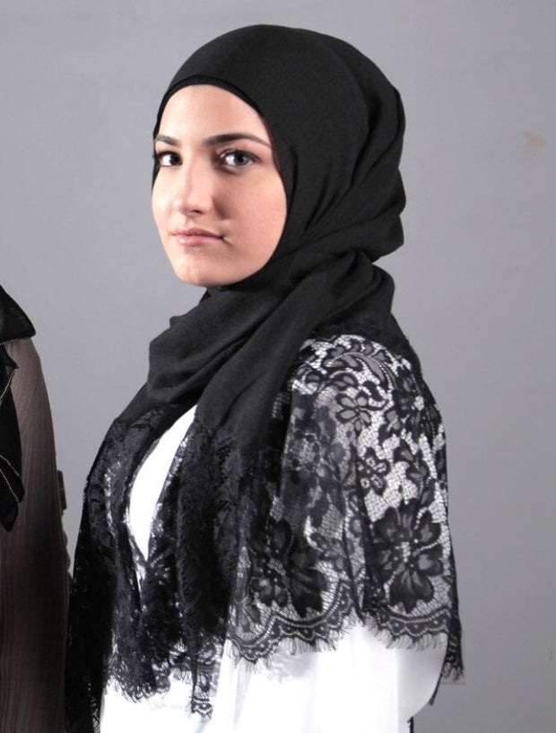 Luxury Lace Hijab - Black (last piece)
