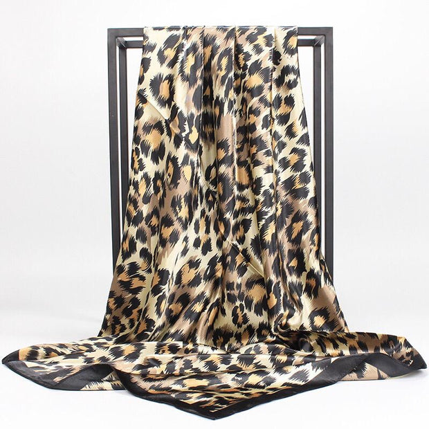 Printed square satin - Leopard