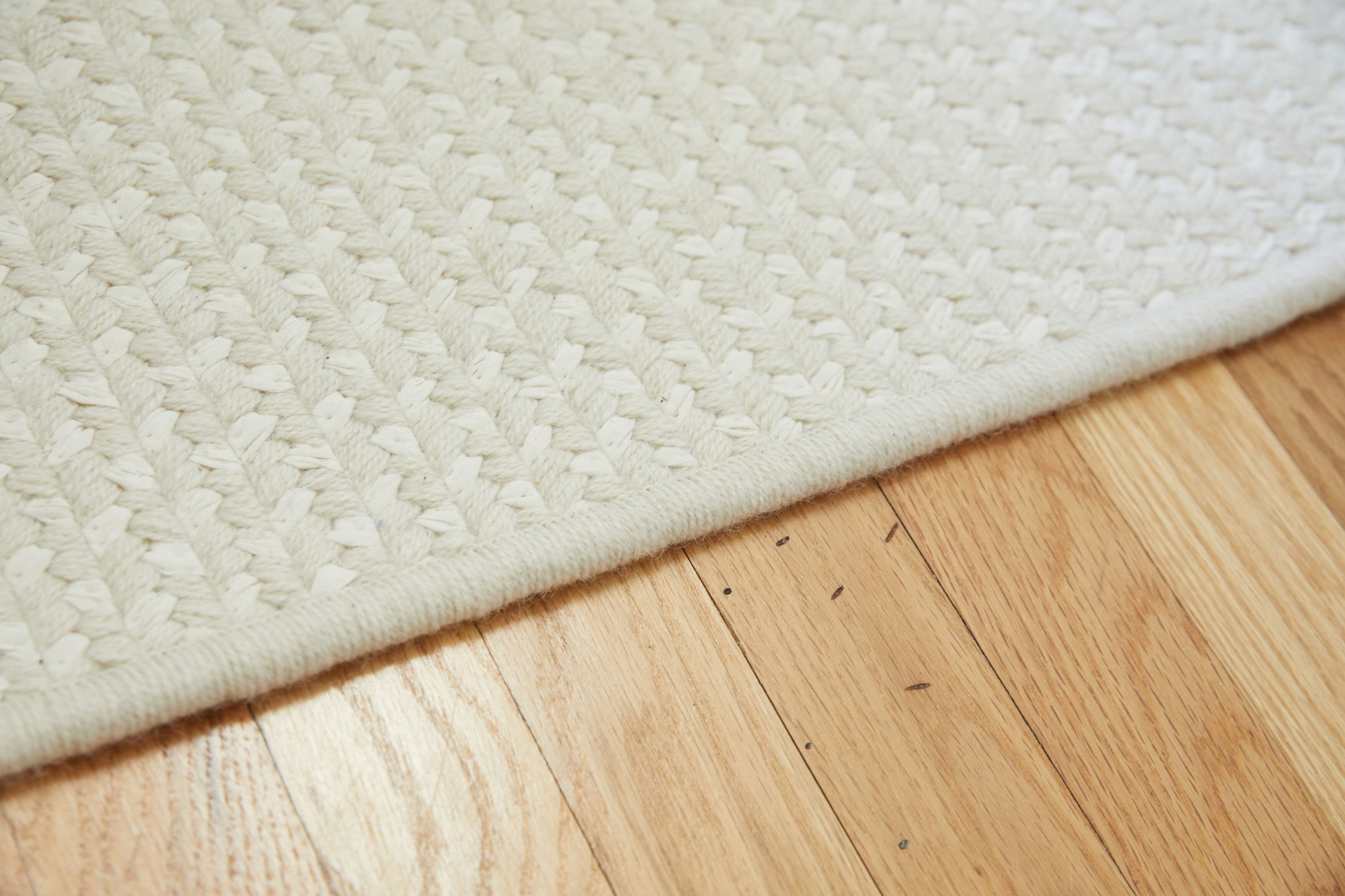 Woven Rug // Cream Wool & White Cotton
