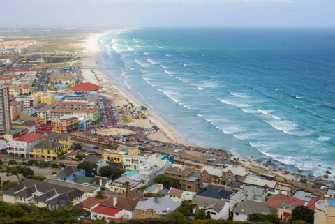 Muizenberg, Cape Town train line, things to do