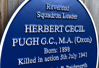 Why Have Historical Blue Heritage Plaques In Your Town?