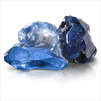 During this 25 year period, Carroll grows a variety of Sapphires, including the exotic Padparadscha