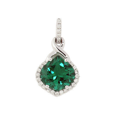 Emerald Pendant Onion