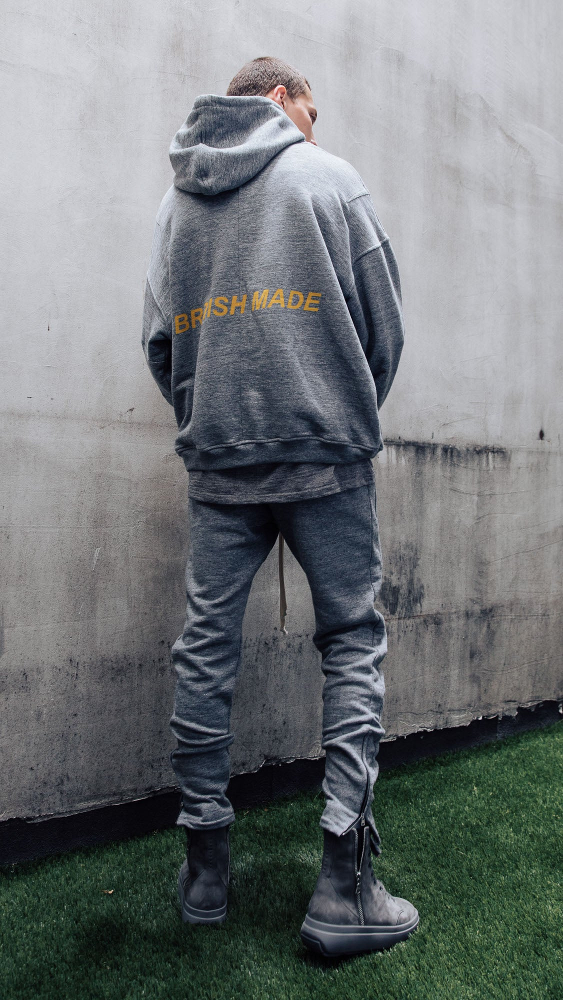 Essential Joggers - Grey