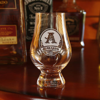 Engraved groomsmen gift ideas, Glencairn glass
