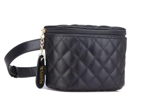 Casual but chic Pu leather black belt bag