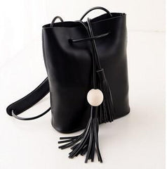 black leisure casual bag with tassel