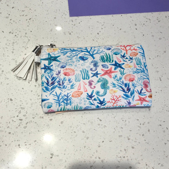 Under the sea pouch