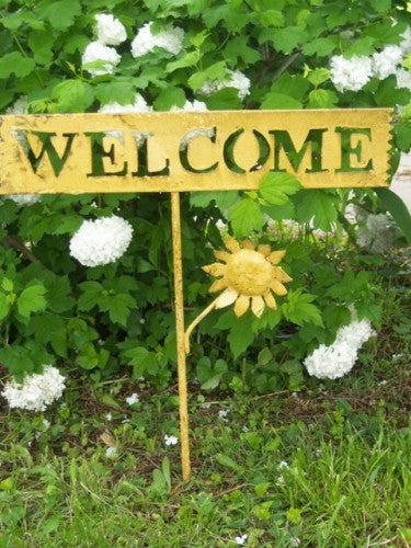 WELCOME SIGN W SM FLOWER
