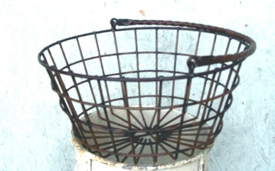 Egg Basket with Handle