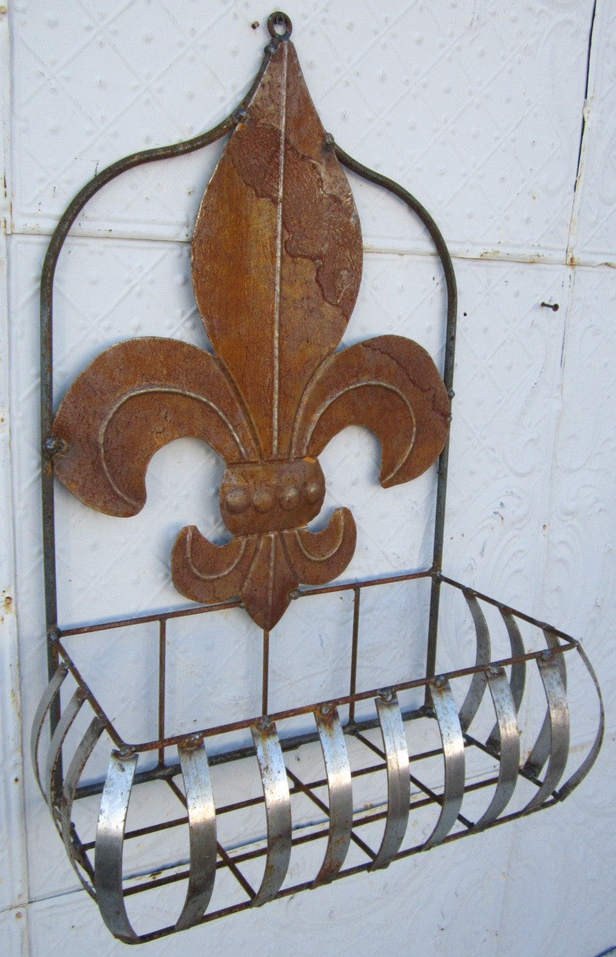Flat Tin Wall Basket