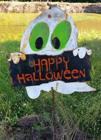 Ghost Stake with Happy Halloween Sign