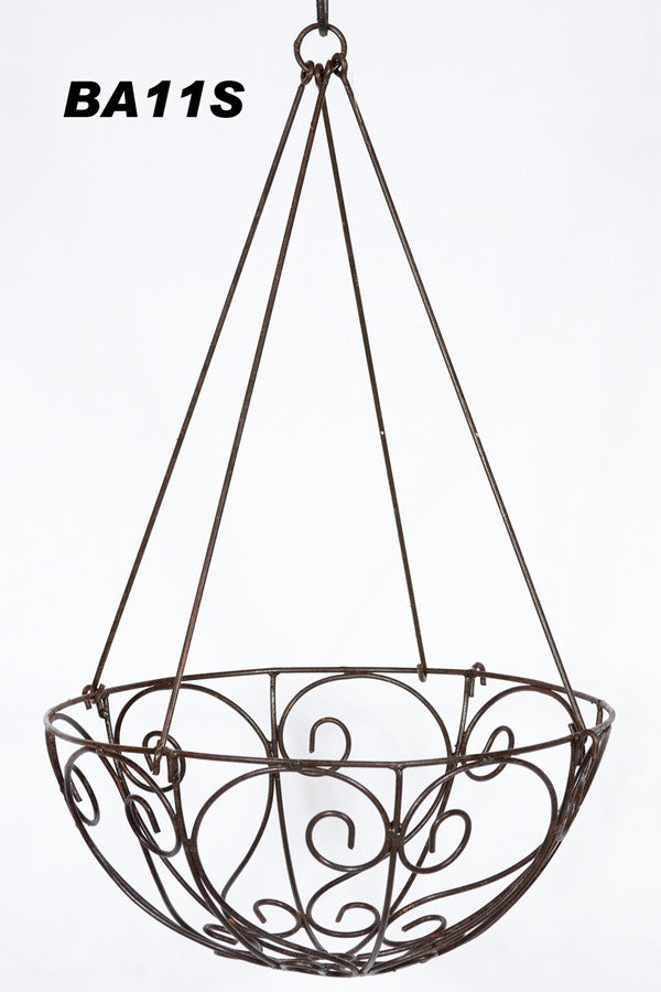 HANGING BASKET WITH REMOVEABLE HANGER